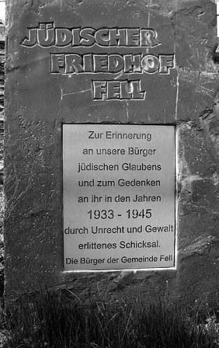 Gedenktafel am Jüdischen Friedhof